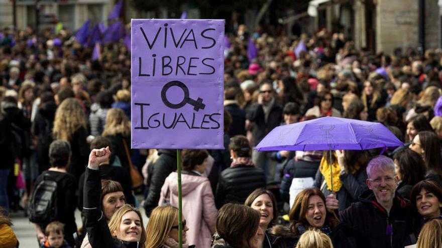 Pancarta contra la violencia machista durante una movilización por el día de la mujer trabajadora.