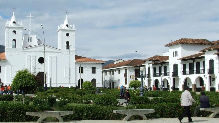 La actual ciudad de Chachapoyas, en el departamento de la Amazonia de Perú, fue fundada por Alvarado en 1536 con el nombre de San Juan de la Frontera de los Chapapoyas. Actualmente la ciudad tiene 30.000 habitantes. Se encuentra a 1.200 kilómetros de Lima.