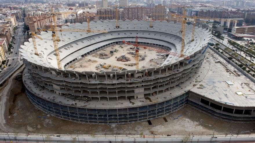 Valencia shore la burbuja del f tbol estalla en las manos - Campo de futbol del valencia ...