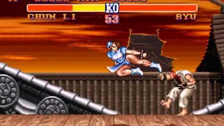 El personaje de Chun-Li en una pelea contra Ryu en 'Street Fighter II: The World Warrior'