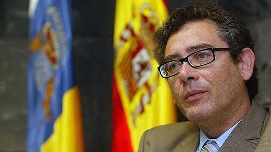 Fernando Ríos Rull.