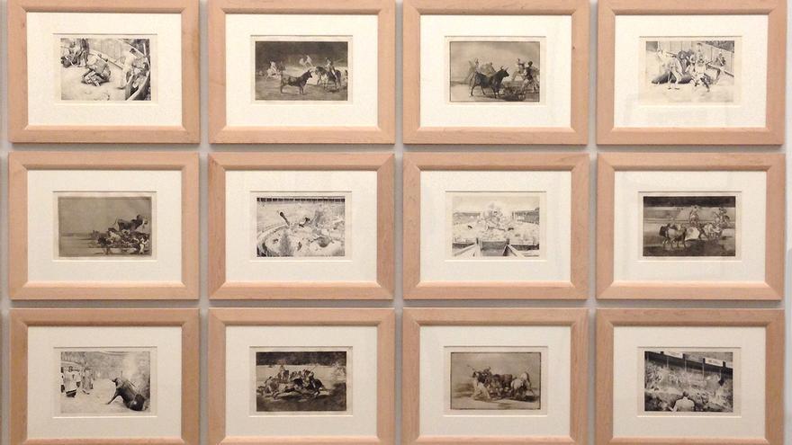 Obras de Santiago Talavera dialogan con grabados de Goya en la exposición 'OTRAS TAUROMAQUIAS. En el 200 aniversario de la Tauromaquia de Goya'. Foto: Capital Animal