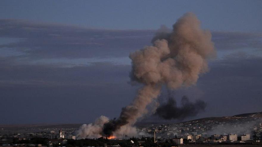 Varios cohetes caen en el centro de Damasco acompañados de choques en la periferia
