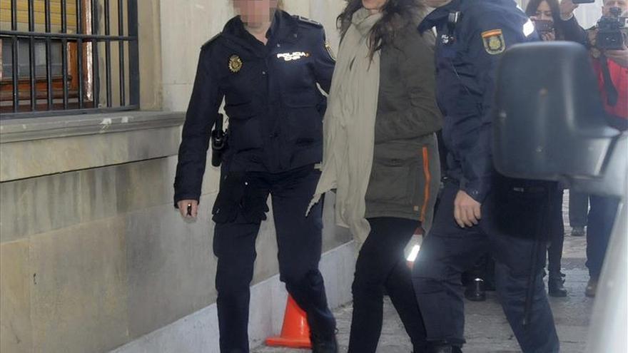 Investigan un supuesto trato de favor en la puesta en libertad de la policía Raquel Gago