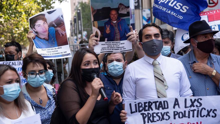 Familiares de detenidos en marchas piden a Piñera aprobar una ley de indultos