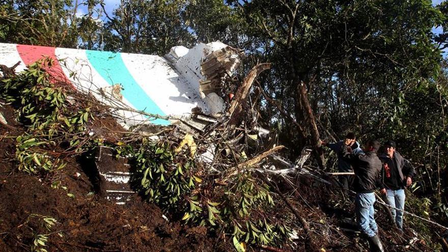Denuncian a una funcionaria boliviana que no reportó las observaciones del vuelo de Lamia