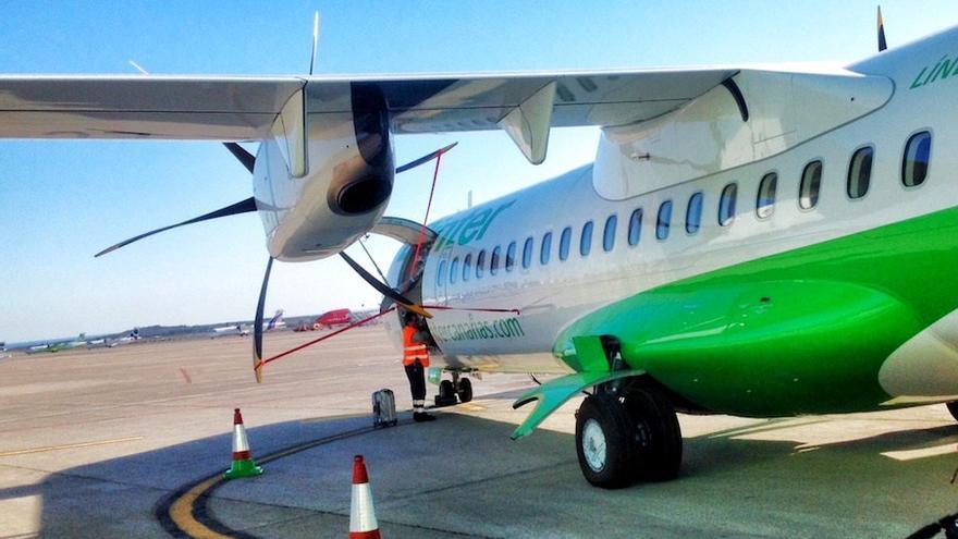 Imagen de un avión de turbina de la aerolínea Binter.
