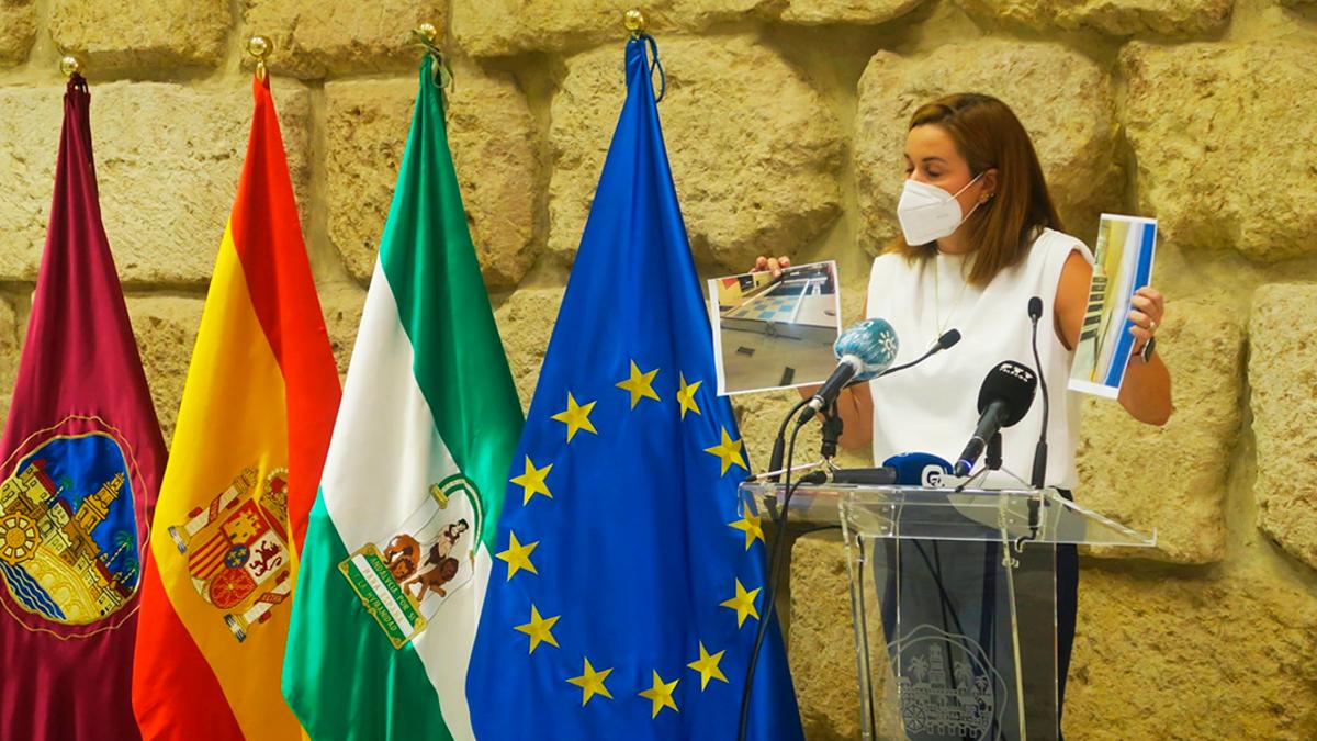 Carmen Campos en el Ayuntamiento de Córdoba