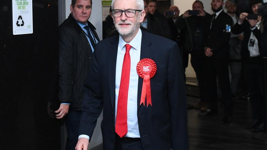 Jeremy Corbyn, a su llegada al centro de recuento de su circunscripción