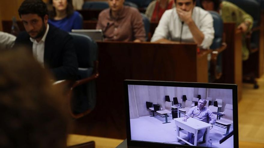 El juez autoriza que Granados comparezca en persona en la Asamblea de Madrid