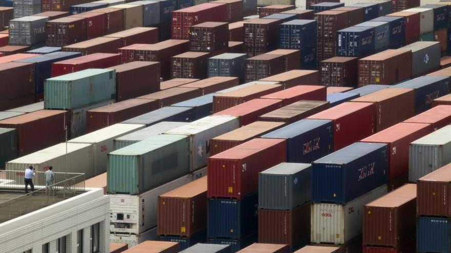 Japón logró en mayo un superávit comercial de 1.636 millones de euros