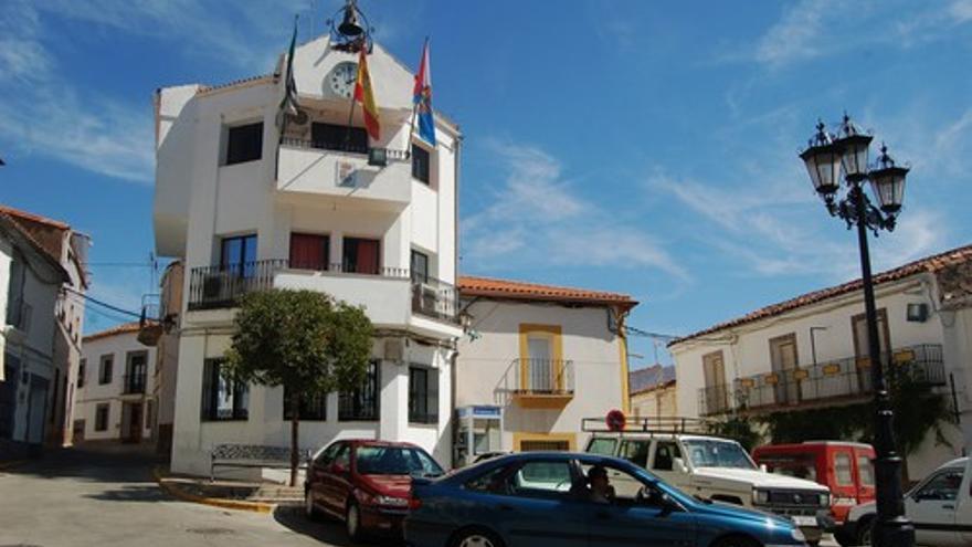 Fachada del Ayuntamiento de Villarta de los Montes