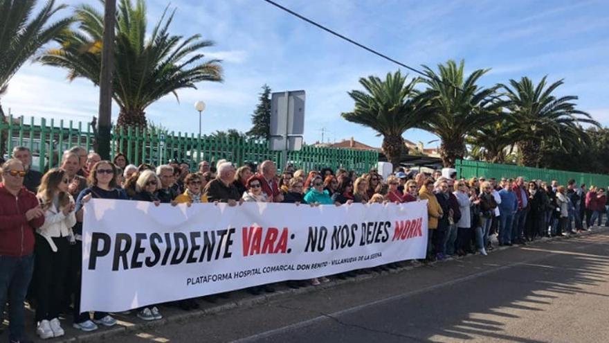 La protesta ha sido convocada por la Plataforma Hospital Comarcal