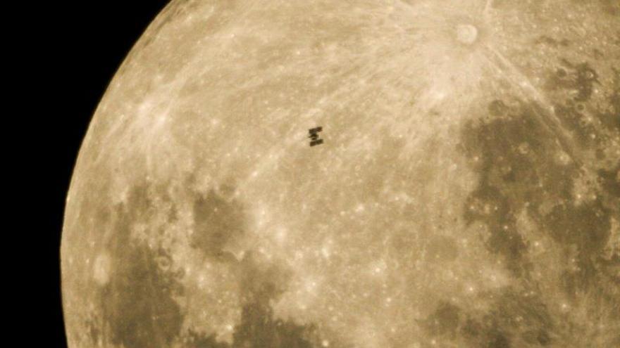 Revelan el origen del cráter más grande de la Luna