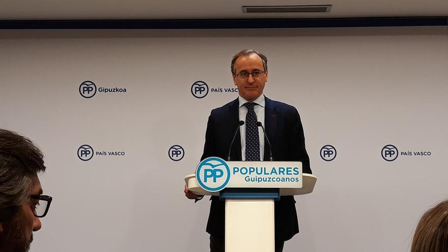 """Alonso (PP) recuerda que la Constitución """"ampara y respeta"""" los fueros y no pedirá a Álvarez de Toledo que rectifique"""