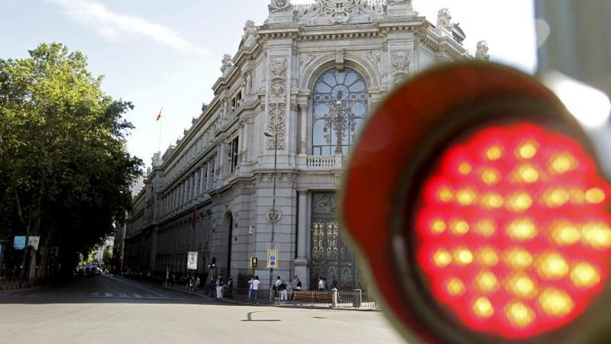 El Banco de España mantiene el colchón en el 0 % pero hará un seguimiento cuidadoso