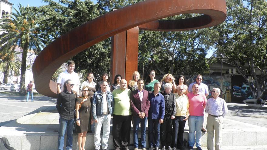 Foto de familia de los candidatos de Ahora Santa Cruz.