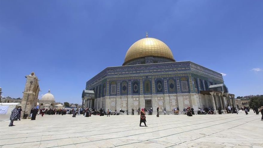 Continúa la tensión por la instalación de detectores de metales en Al Aqsa