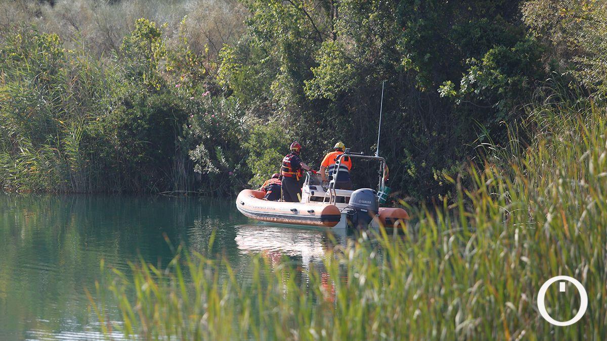 Búsqueda del joven desaparecido en el Lago Azul