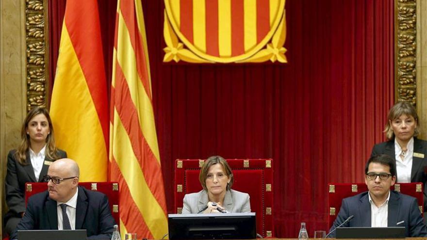 El Parlament aprueba una declaración para iniciar un proceso hacia la independencia
