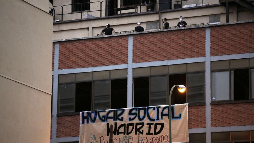 La manifestación, que arrancó en la plaza de la Paloma, finalizó frente al Hogar Social Ramiro de Ledesma.