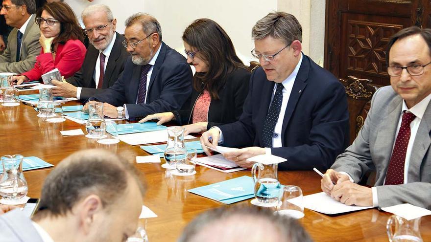 Un momento de la reunión de seguimiento del pacto sobre la financiación autonómica