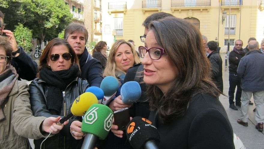 """Oltra dice que la financiación ilegal del PP ya no es """"presunta"""" y que Rajoy se aprovechó de la corrupción"""
