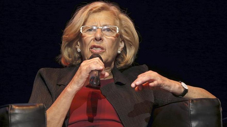 Carmena defiende la gestión empresarial de su marido ante las críticas de Aguirre
