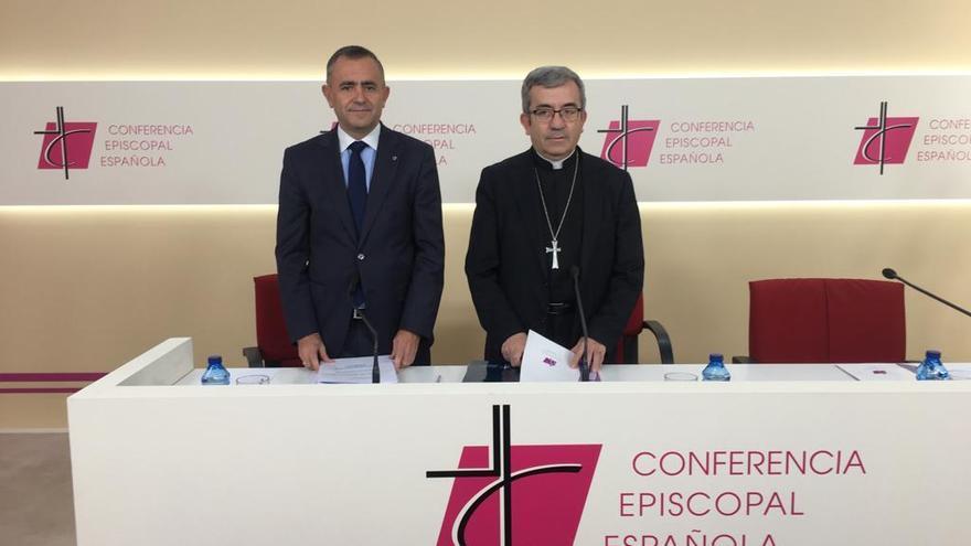 Luis Argüello, junto a Fernando Giménez Barriocanal