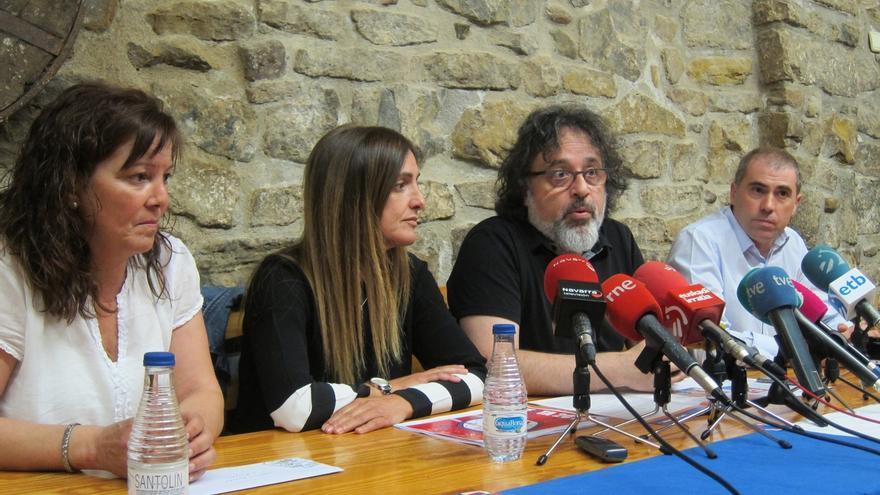 """Los de Bronce concede a las primeras socias de las peñas de Pamplona un premio por """"contribuir a fiestas en igualdad"""""""