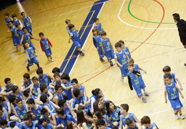 escuela-baloncesto-estudiantes