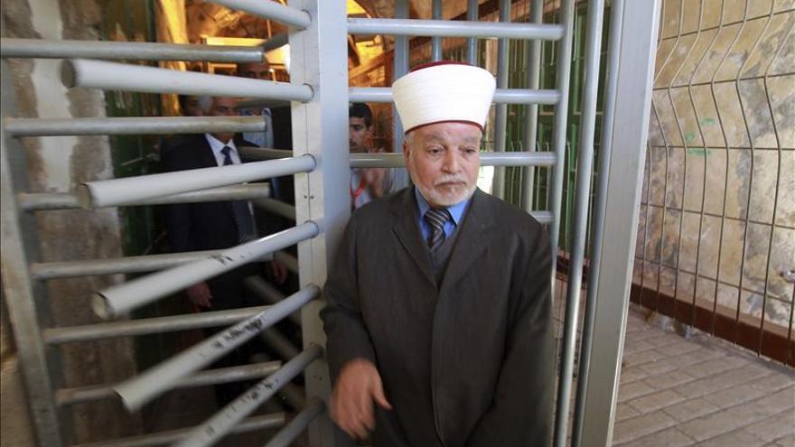 La Policía arresta al mufti de Jerusalén por disturbios en la Explanada de las Mezquitas