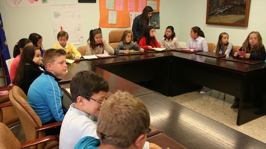 El municipio de Ardales (Málaga) ha sido el primero en realizar un pleno infantil dentro del marco de este programa de democracia participativa /  Imagen: www.agorainfantil.com