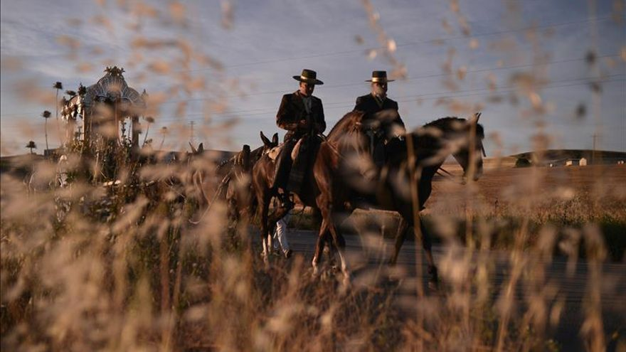 Un total 22 hermandades inician hoy su camino hacia la aldea de El Rocío