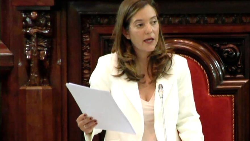 Inés Rey pronuncia su primer discurso como alcaldesa de A Coruña
