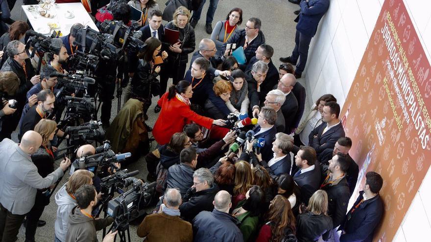 El president Ximo Puig y el alcalde de Valencia, Joan Ribó, atienden a los medios