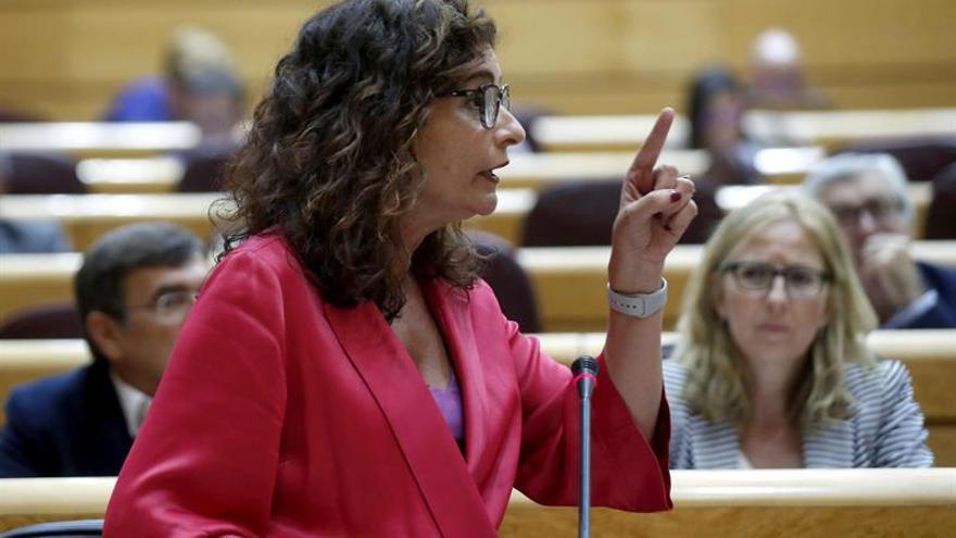 El tipo para rentas superiores a 140.000 podría llegar al 52 %, dice Hacienda