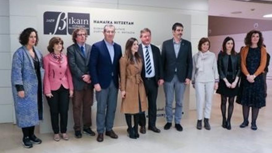 Un total de 25 empresas y entidades reciben el certificado de calidad en la gestión lingüística Bikain