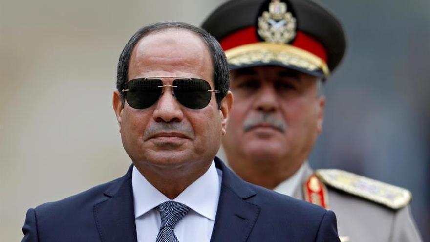 Al Sisi nombra nuevo jefe del Estado Mayor y destituye a 3 mandos militares