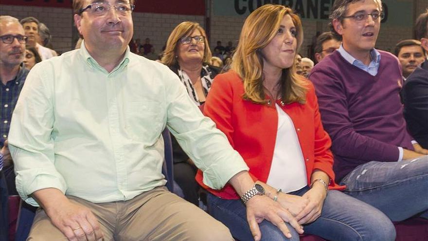 """Susana Díaz ensalza a Vara y destaca que Extremadura es un """"pueblo hermano"""""""