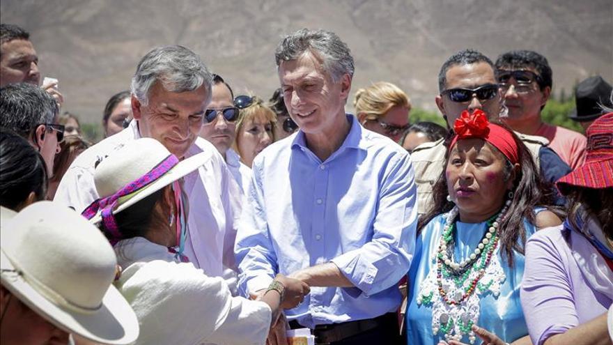 Incienso contra los malos espíritus para abrirle a Macri el camino a la Presidencia