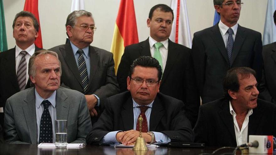 Gobierno boliviano acepta que empresarios paguen segundo aguinaldo en febrero