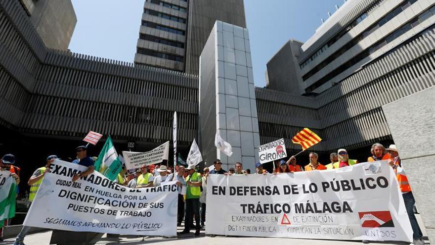 Los examinadores de tráfico preparan una huelga indefinida para septiembre
