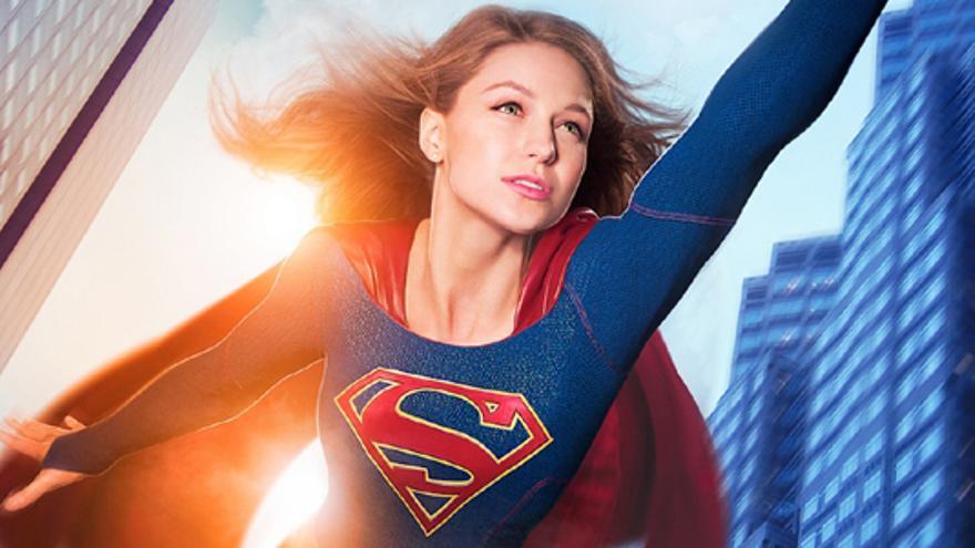 """'Supergirl' aterriza con buenas críticas, pero con división entre """"feminista"""" y """"machista"""""""