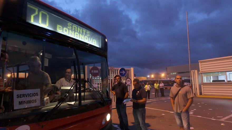 La huelga de transporte causa importantes retenciones de tráfico en Barcelona