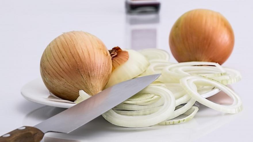 Diez usos de la cebolla que no implican comérsela en una ensalada