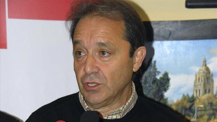 """Gordo dice que el sistema aeroportuario español """"está amenazado"""" por el Gobierno del PP"""