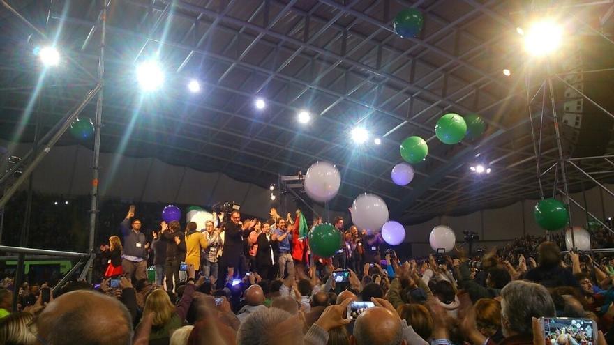 """Iglesias y Rodríguez llaman al """"voto valiente"""" frente a la resignación porque """"huele a cambio"""""""