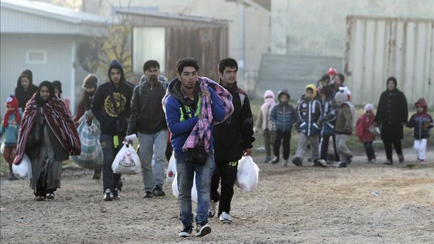 Macedonia cierra la frontera y no deja pasar a ningún refugiado