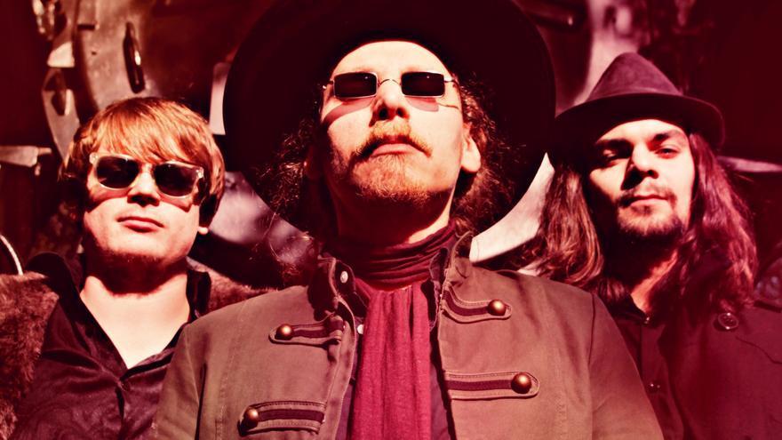 Los tres integrantes del grupo de rock alemán Wedge.